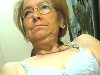 Underfed Old Granny does like a Cock