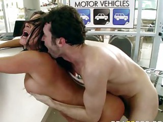 Sultry babe Savannah Stern enjoys the warmth of her man's cum on her mouth