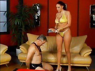 Older dude is humiliated by Gianna Michaels