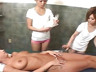 Japanese girls massage146-3