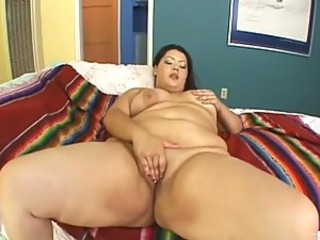 Brunette BBW Fucks For Facial
