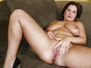 Look at this fresh pile of meat Dee Dee Bloom! The good thing about fatty-fatty girlies is that they've gut big bouncy natural titties of all kind and some spare space for your hands to grab on! If you're a fan of lusty busty chicks and that's why you're