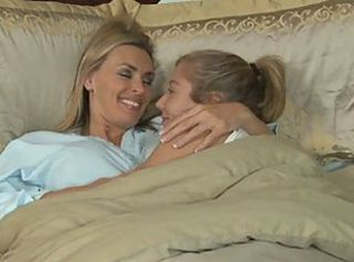 Tanya Tate and Chastity Lynn _: lesbians old+young strapon