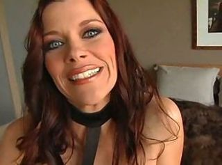 Bobbi Bliss - incredible deepthroat