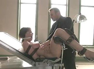 Slave patient Meets Twisted Doctor