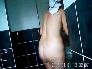 Bad son spyinh his mom fully nude in bath room. Hidden cam