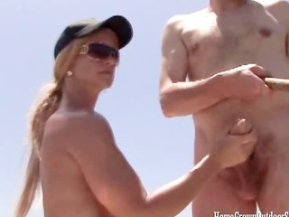 Amateur Beach Handjob Outdoor Riding