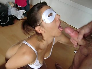 Close-mouthed blowjob 2