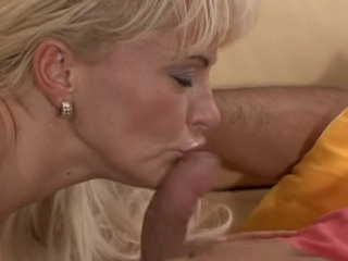 Mature enjoy cum