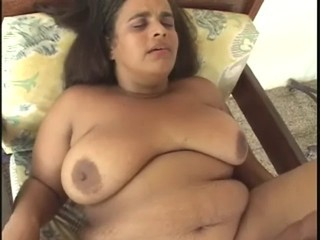 anziane BBW Midget Delight...