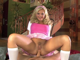 blonde pretty woman hot anal fap...
