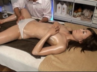 Oil Massage Beautiful...