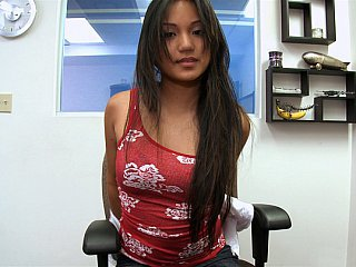 Sweet filipino Lana Violet gets...