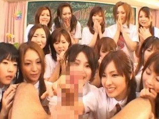 Beautiful Japanese Schoolgirls...
