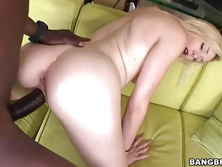 Sexy Bodied Juicy Blonde Rylie Richman Gets Fantastic Pleasure With Ha...