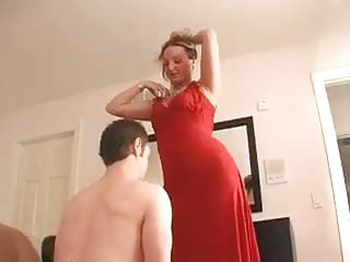 Cuckold Serves His Mistress On Date Night