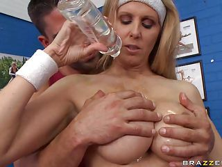 Hot Milf Julia Ann Loves Oiling Up Her Huge Tits