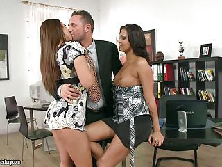 Tart Debbie White Has A Hot Steamy Threesome