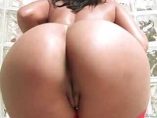 Hot Big Titted Brunette Shazia Sahari With Perfect Bubble Ass Takes A...