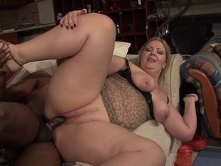 fat inexpert whore huge cunt farting while possessions fucked