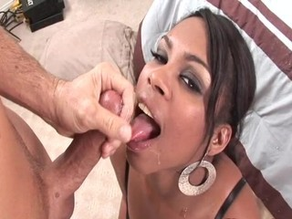 Vanessa Monet has plenty of Mouth