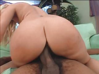 FAT ASS MOM DOES BBC