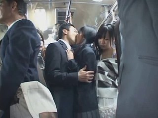 The bus was so hot - Japanese...