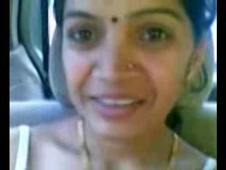 Smart Mature Indian Aunty Jugs Show in Buggy