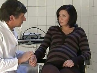 doctor fucks a pregnant wife