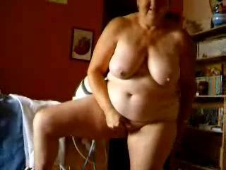 Granny and grandpa having fun ! Amateur