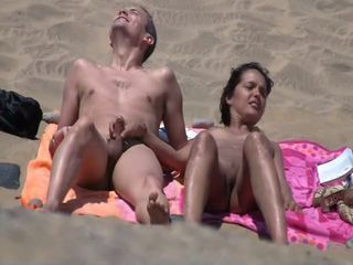listen in beach003 _: amateur beach voyeur