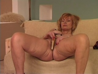 Granny uses a vibrator _: grannies masturbation