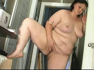 BBW jogging does some pussy...