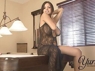 Yurizan Beltran Takes Off The brush Sexy Black Dress And Plays There The brush Slop...