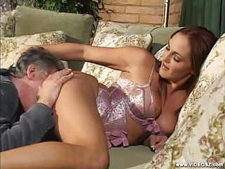 Gorgeous Babe Venus Loves Getting Her Pussy Eaten