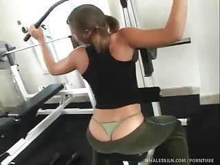 Cute Girl In Sexy Thong Gets Rid...