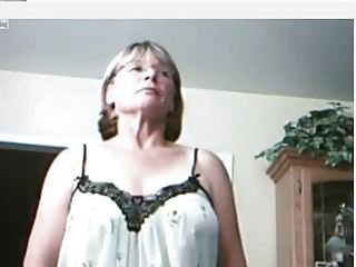 Mature Granny Webcam18