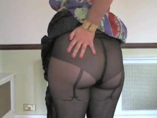 A MILF in pantyhose with an increment of a great ending
