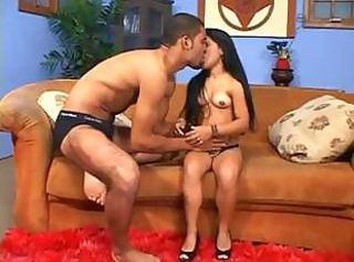 Kissing Latina Long hair Mature Midget