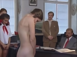 Amateur Brunette Nudist Pigtail Teen