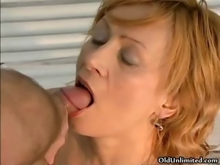 Horny mature housewife getting her large part5