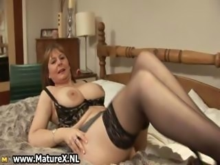 Horny mature wife in crestfallen lingerie loves part1
