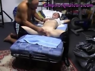 Amateur Starving Teen Orgasm