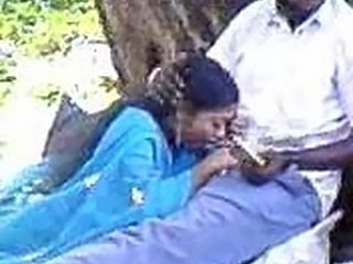 "Indian Cocksucking In Park"" target=""_blank"