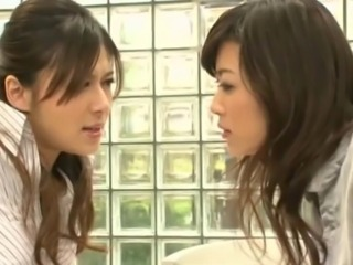 Asian Lesbians Who is BOSS