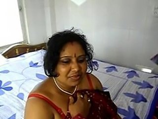 Indian Mom fucked by the brush Sons friend