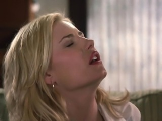 Sexy Celeb Elisha Cuthbert Slow Motion (The Girl Next Door)