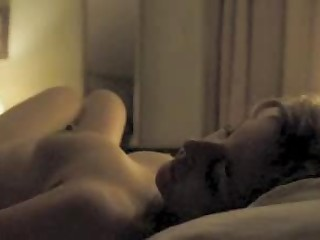 Gillian Anderson - Topless & Sex in a Bed