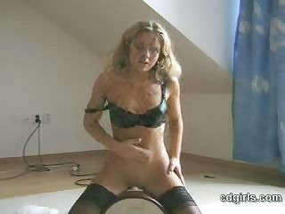 Give someone a thrashing sybian orgasm ever!