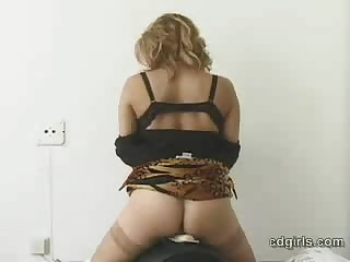 Hot Ellen on Sybian
